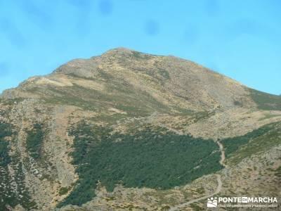 Pico Santuy; El Cerrón; senderismo en españa cinco lagunas gredos consejos senderismo